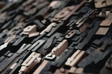 Collection of wooden typesetting blocks.