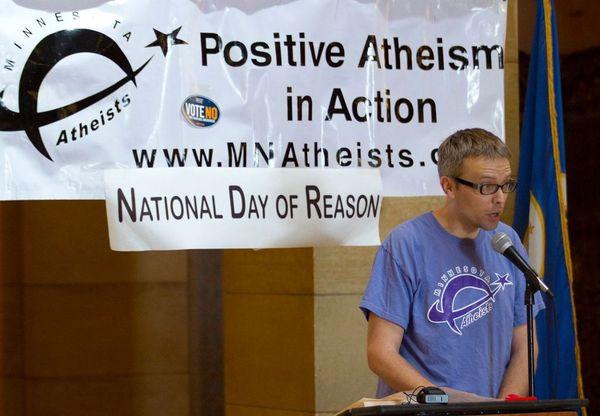 Eric Jayne speaks at Day of Reason in 2012.