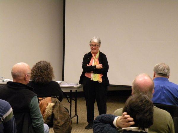Photo of Rep. Phyllis Kahn presenting.