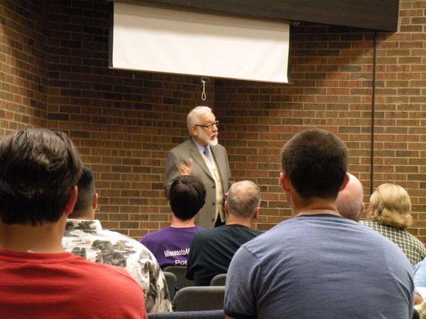 Photo of Grant Steves presenting.