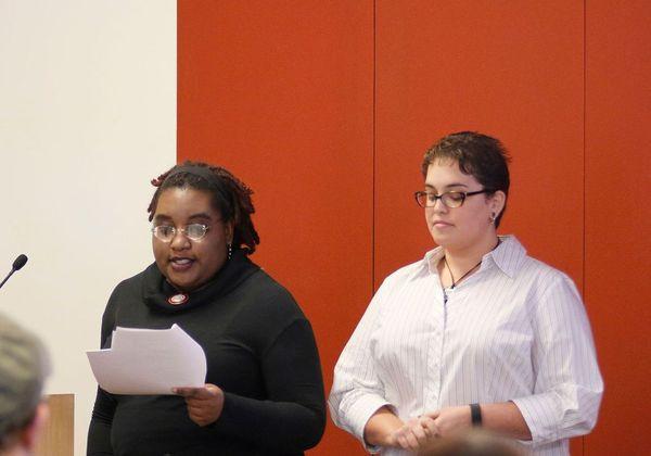 Photo of Niki Massey and Brianne Bilyeu presenting.